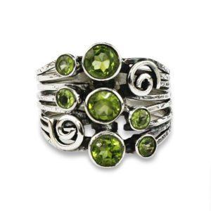 anillo-plata-peridoto-verde
